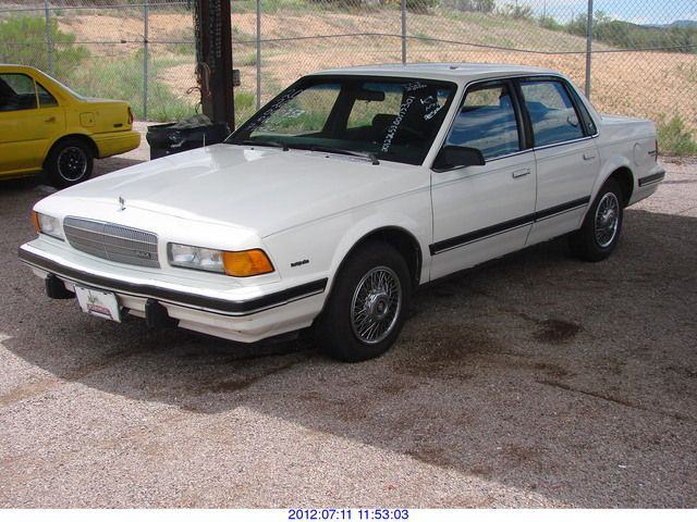 1990 Buick Century Photos Informations Articles