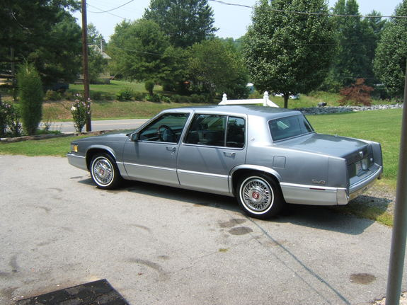 1990 cadillac deville photos informations articles. Cars Review. Best American Auto & Cars Review