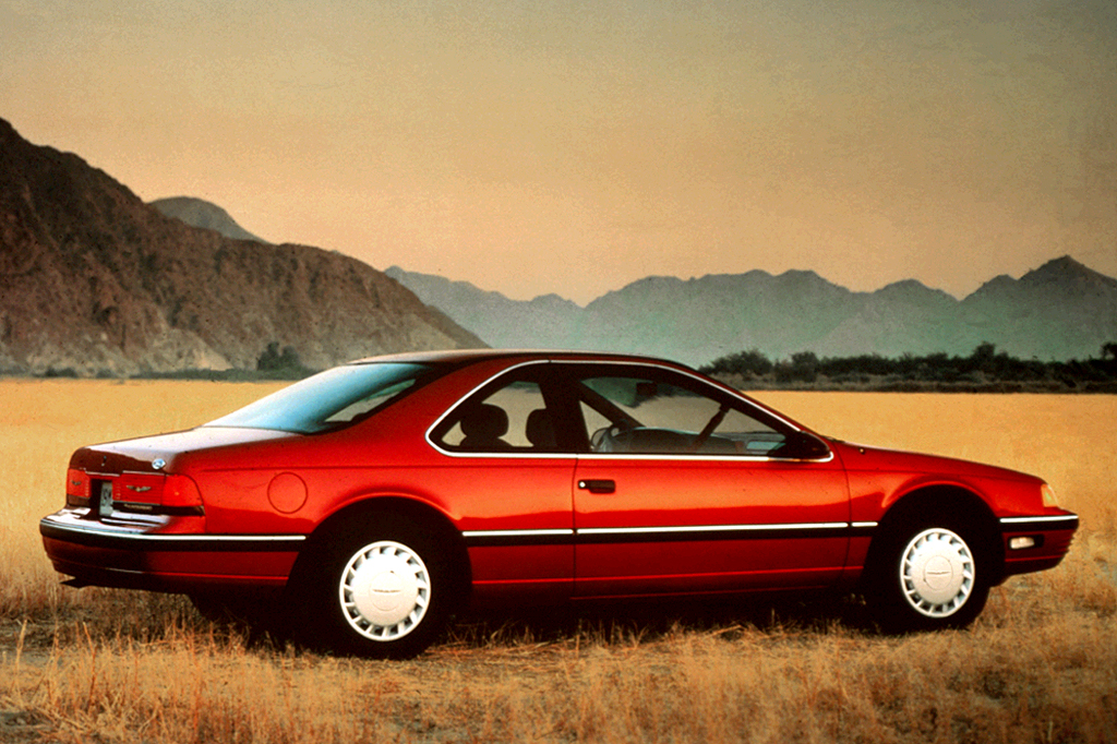 1990 Ford Thunderbird #19