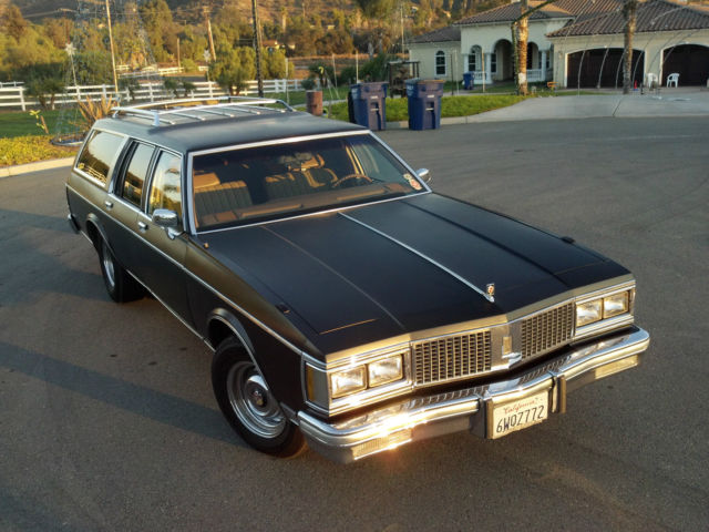 1990 Oldsmobile Custom Cruiser #22