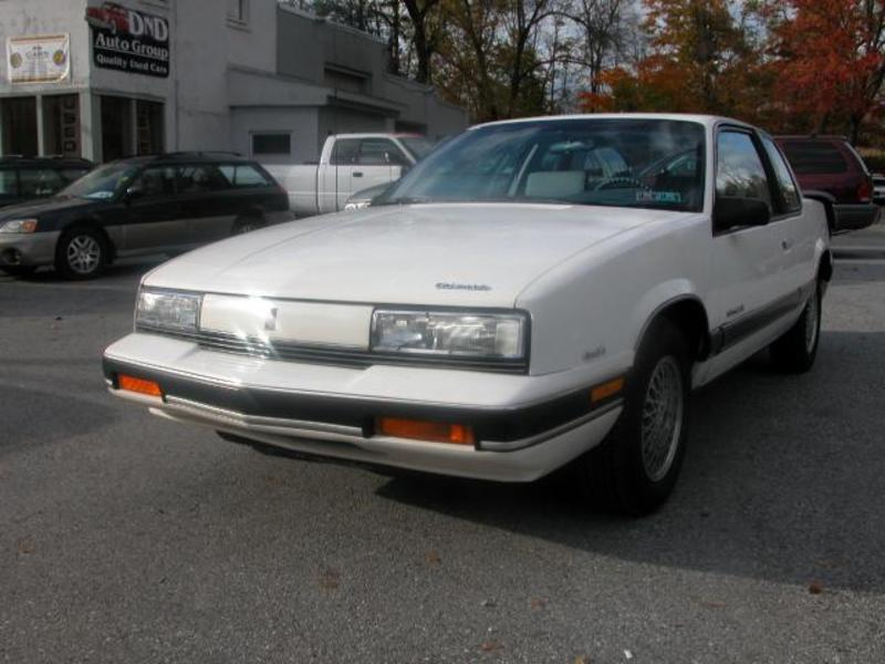 1990 Oldsmobile Cutlass Calais #16