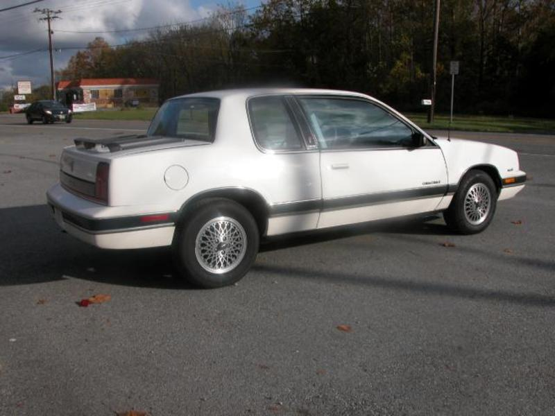 1990 Oldsmobile Cutlass Calais #17