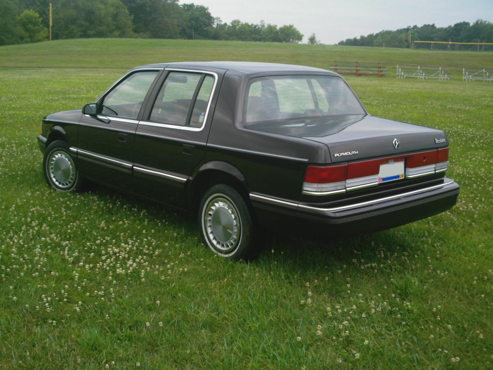 1990 Plymouth Acclaim #19