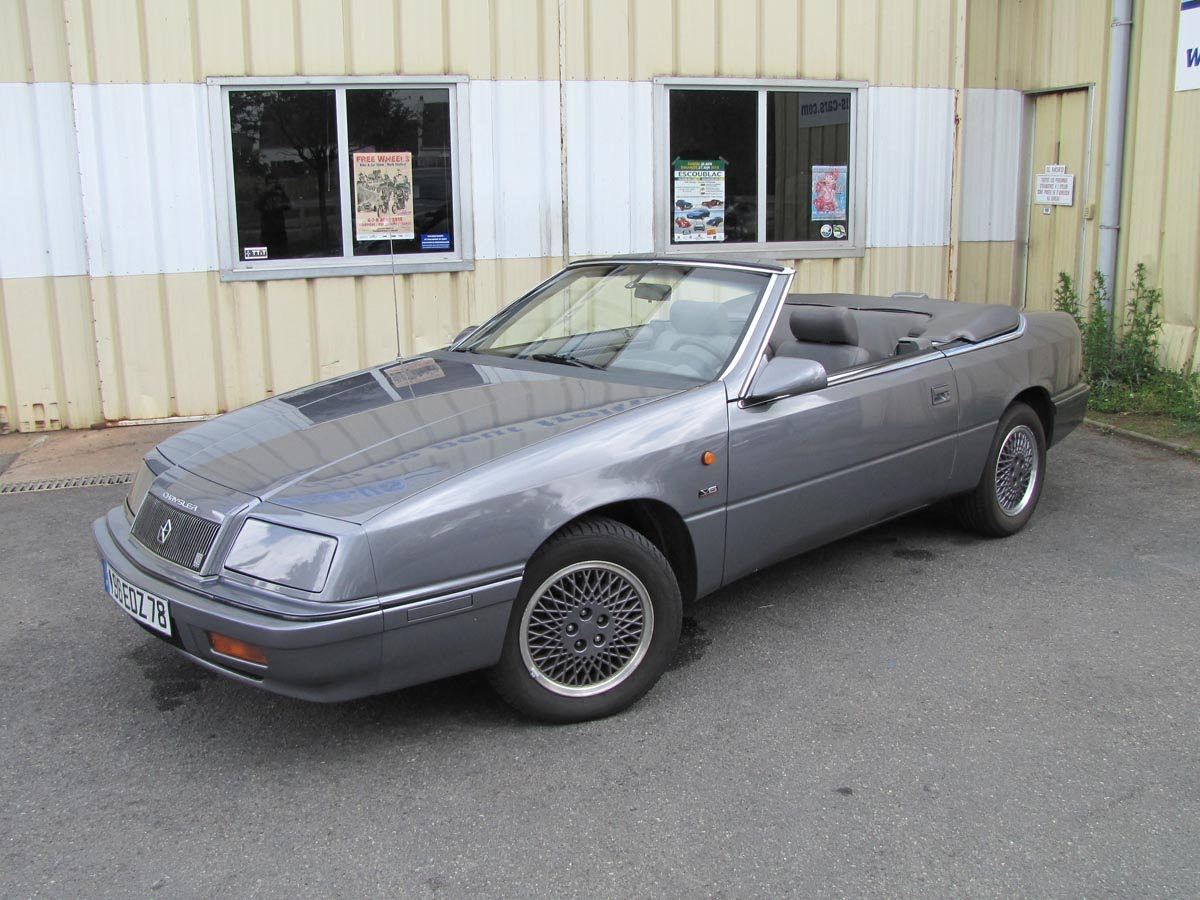 1991 Chrysler Le Baron #19
