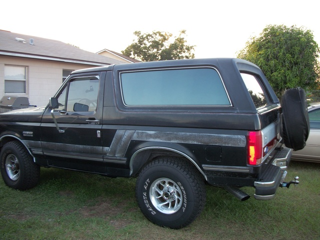 1991 Ford Bronco #20