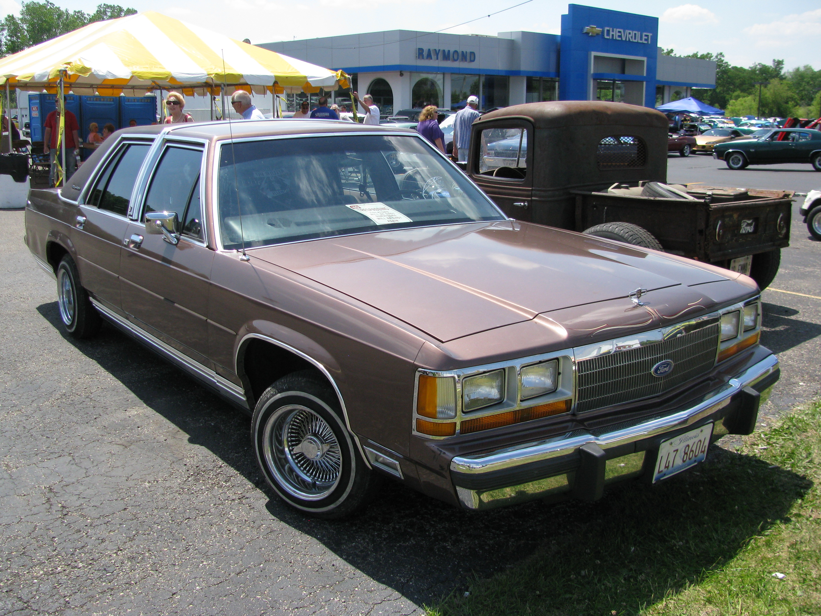 1991 Ford Ltd Crown Victoria #19