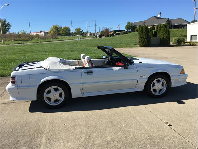 1991 Ford Mustang #21