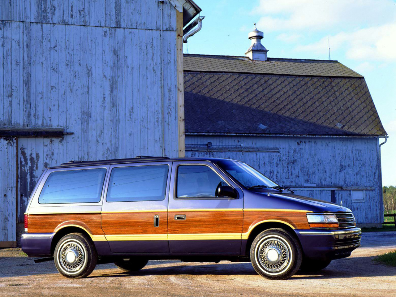 1991 Plymouth Grand Voyager #18