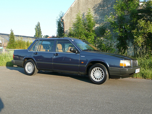 1991 Volvo 740 Photos, Informations, Articles - BestCarMag.com