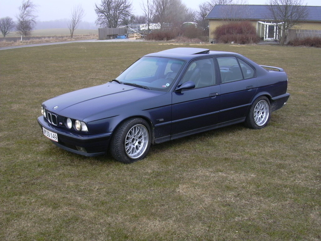 1992 Bmw 5 Series Photos Informations Articles G37 Coupe Fuse Box 10