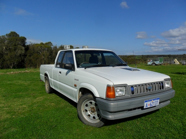 1992 Ford Courier #5
