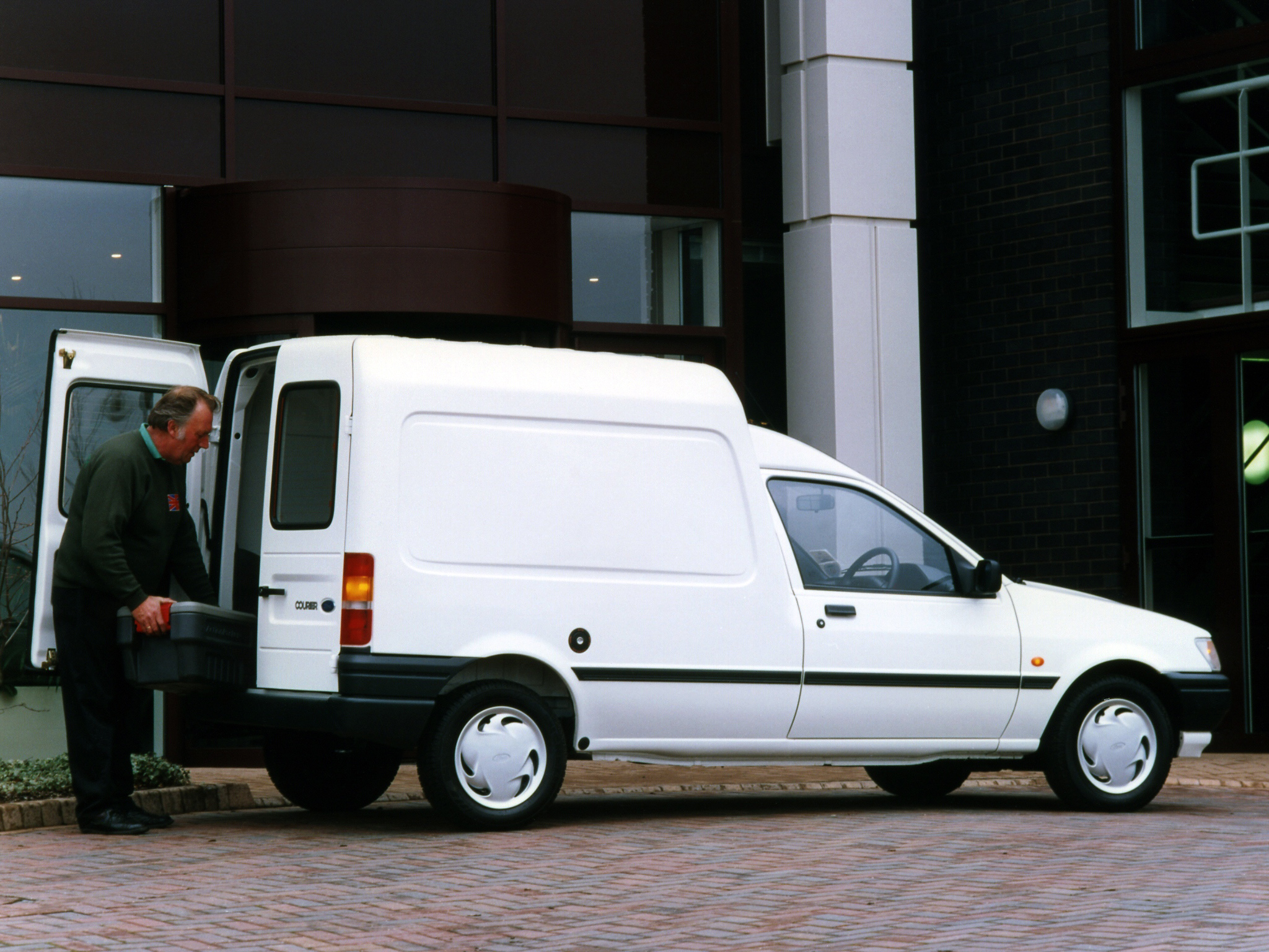 1992 Ford Courier #7