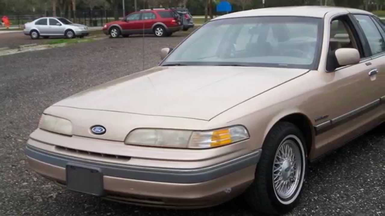 1992 Ford Crown Victoria #22