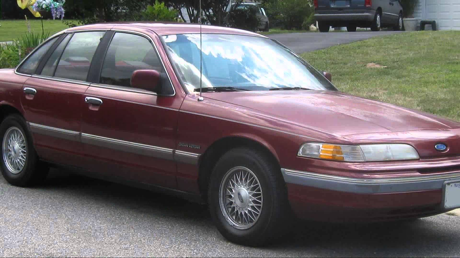1992 Ford Crown Victoria #19