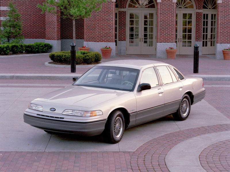 1992 Ford Crown Victoria #21