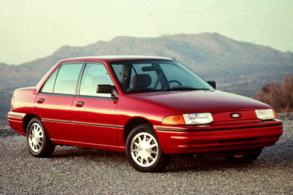 1992 Ford Orion #15
