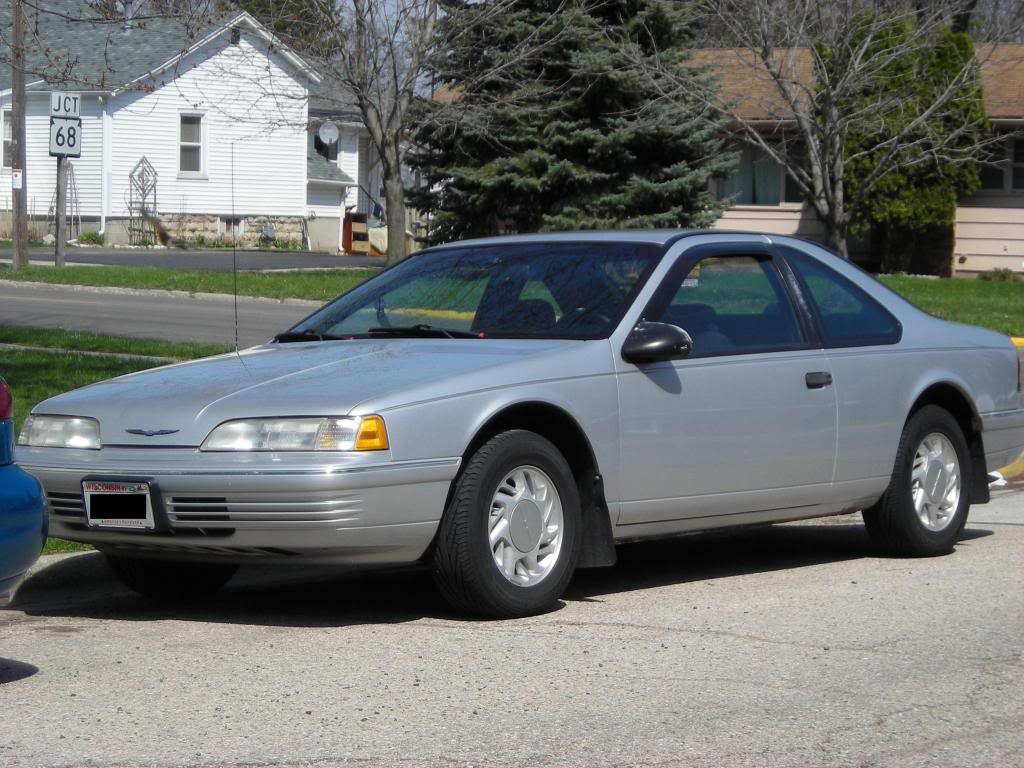 1992 Ford Thunderbird #20