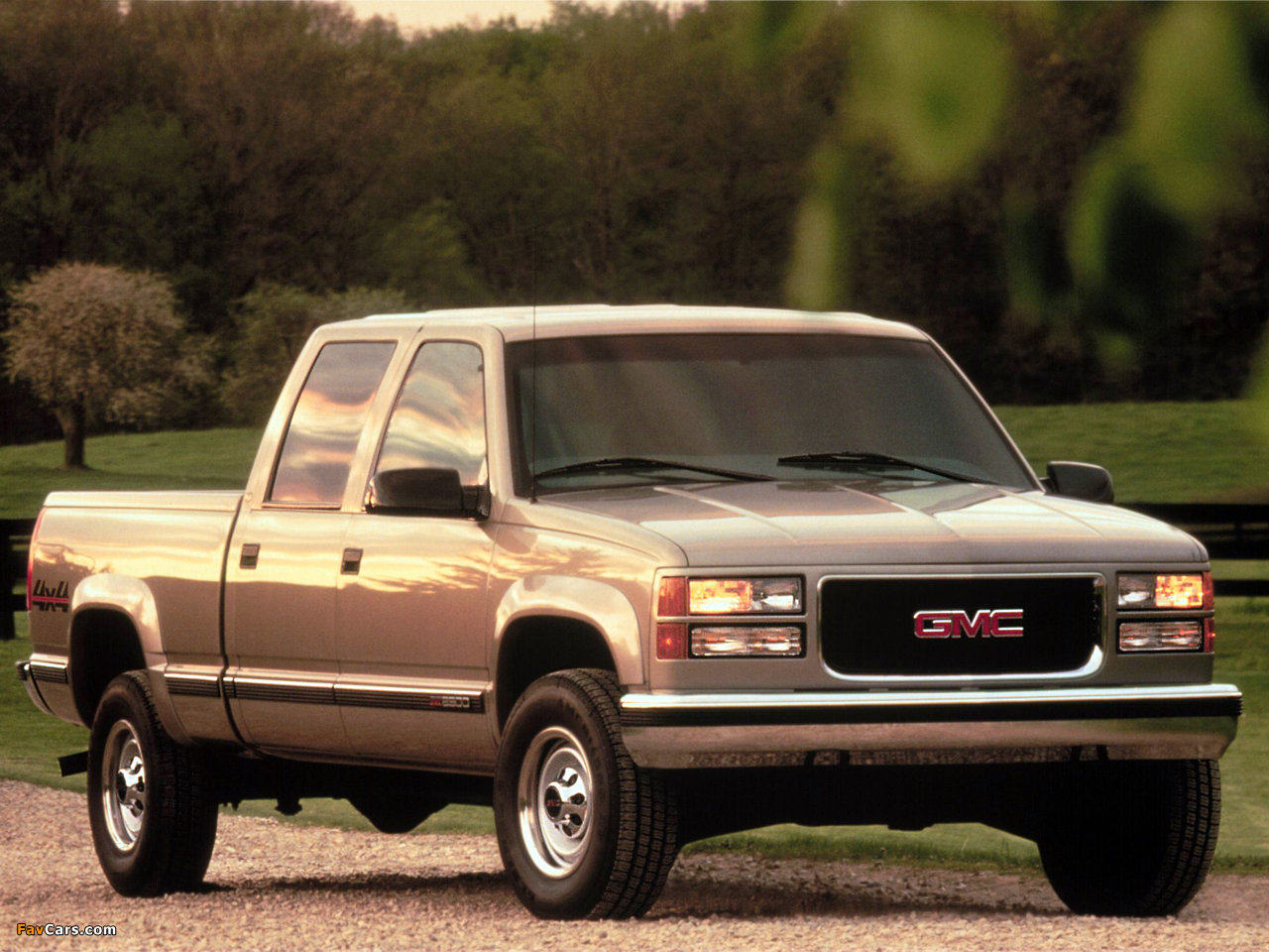 1992 gmc sierra 3500 photos informations articles. Black Bedroom Furniture Sets. Home Design Ideas