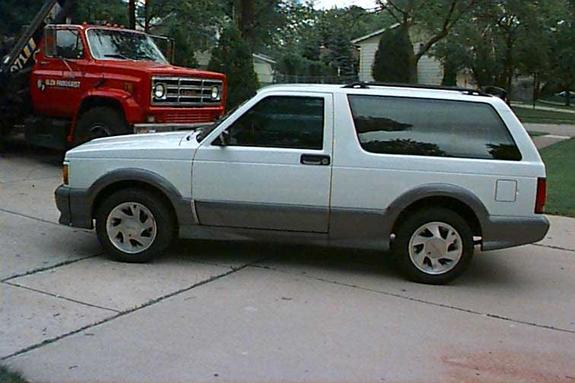 1992 GMC Typhoon #20