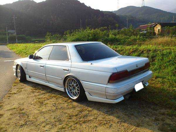 1992 Nissan Laurel #19