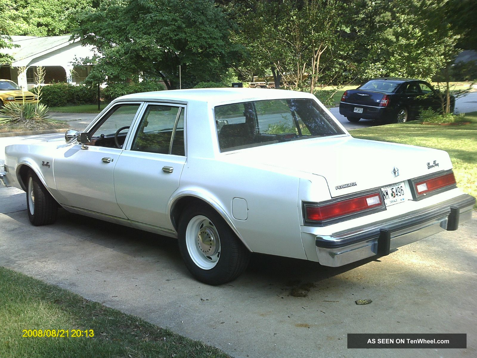 1988 Plymouth Gran Fury #11