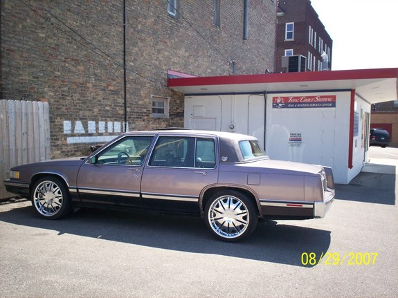 1993 Cadillac Sixty Special #21