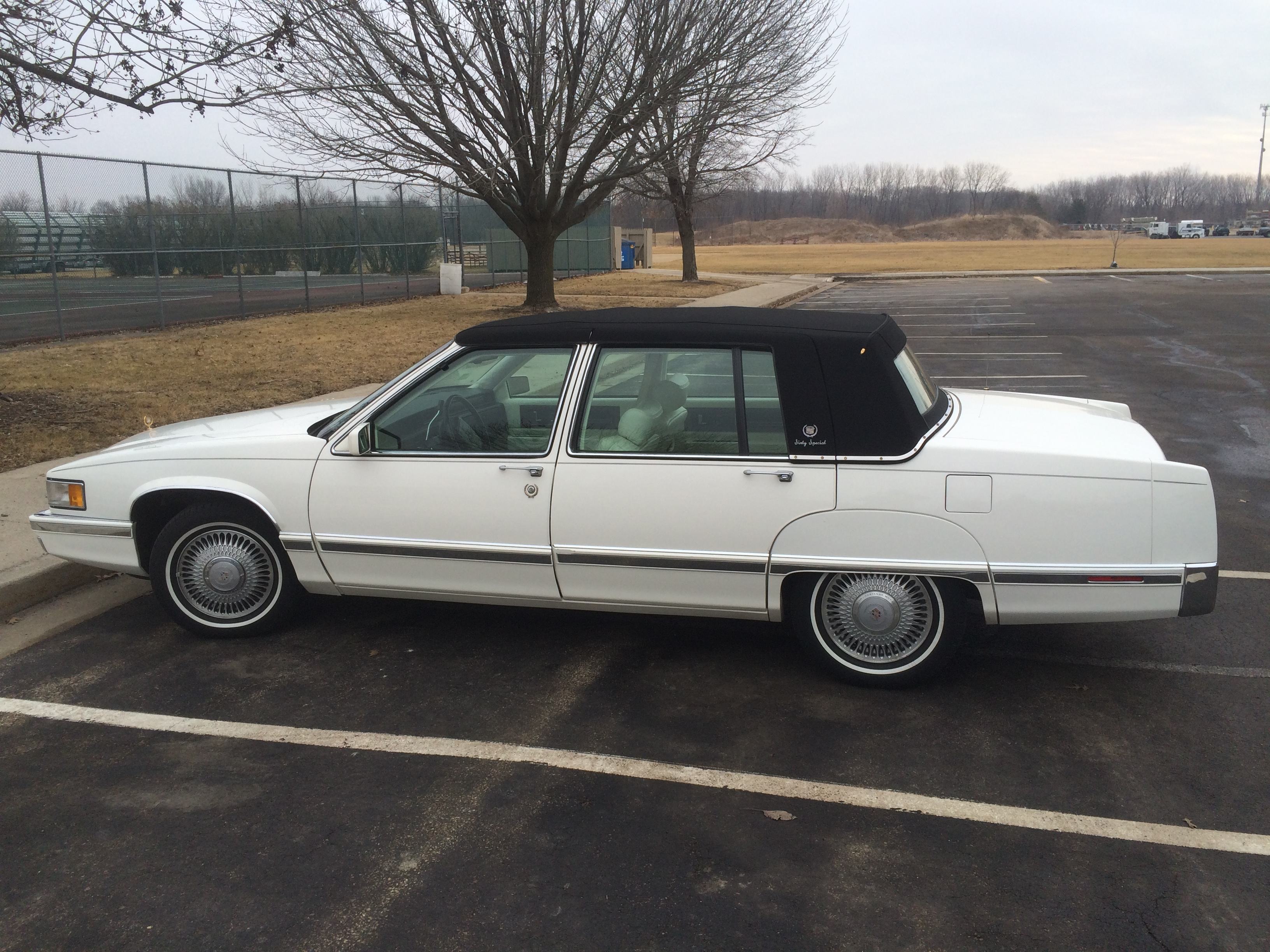 1993 Cadillac Sixty Special #23