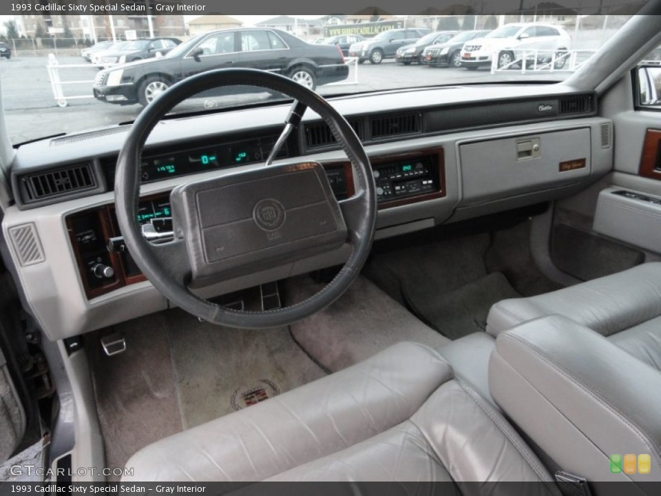 1993 Cadillac Sixty Special #26