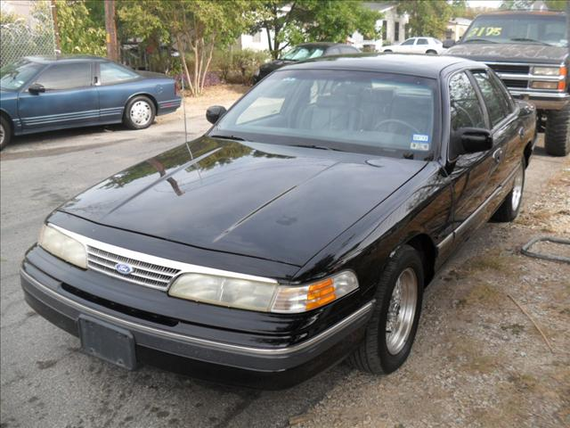 1993 Ford Crown Victoria #22