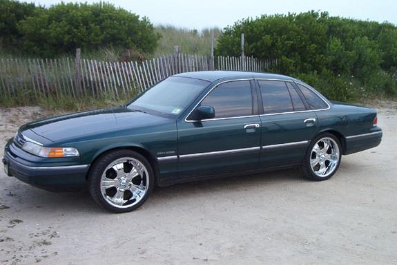 1993 Ford Crown Victoria #19