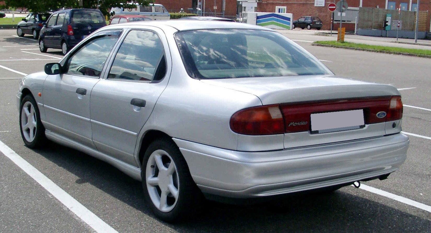1993 Ford Mondeo #22