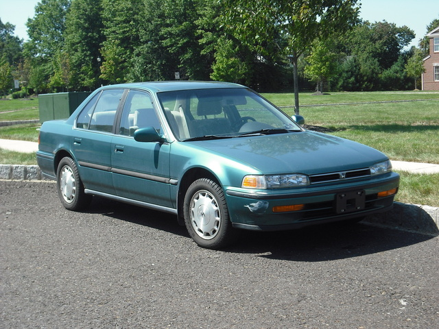 1993 Honda Accord #19