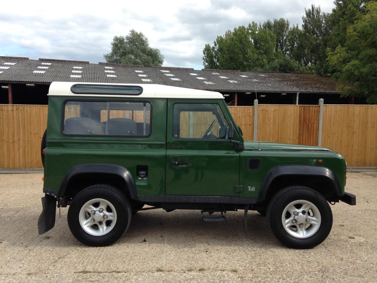 1993 Land Rover Defender #24