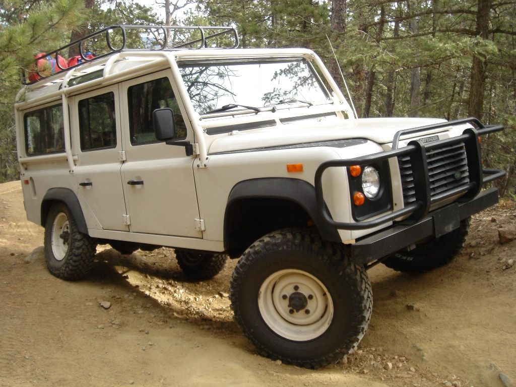 1993 Land Rover Defender #23