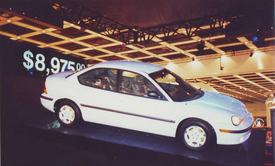 1994 Chrysler Neon #26