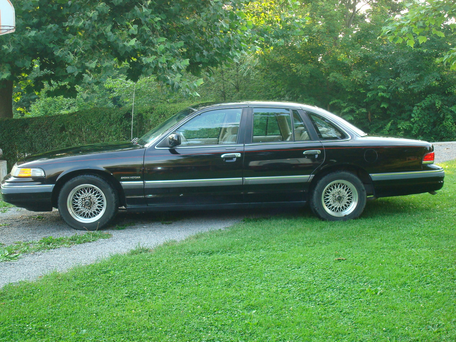 1994 Ford Crown Victoria #24