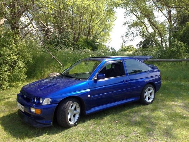 1994 Ford Orion #17
