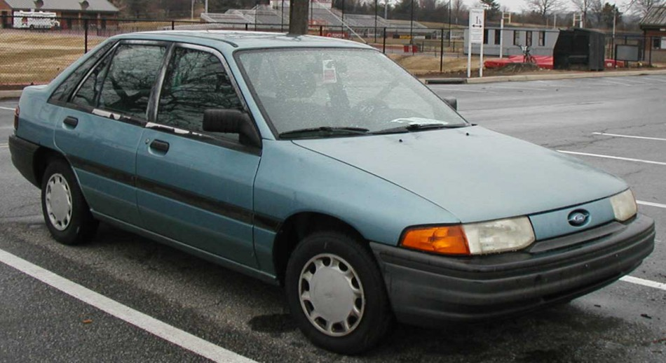 1994 Ford Orion #19