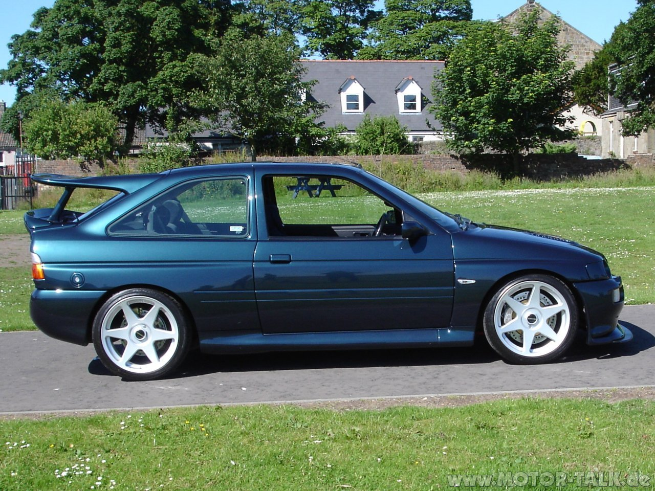 1994 Ford Orion #23