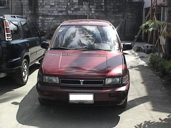 1994 Mitsubishi Space Wagon #19