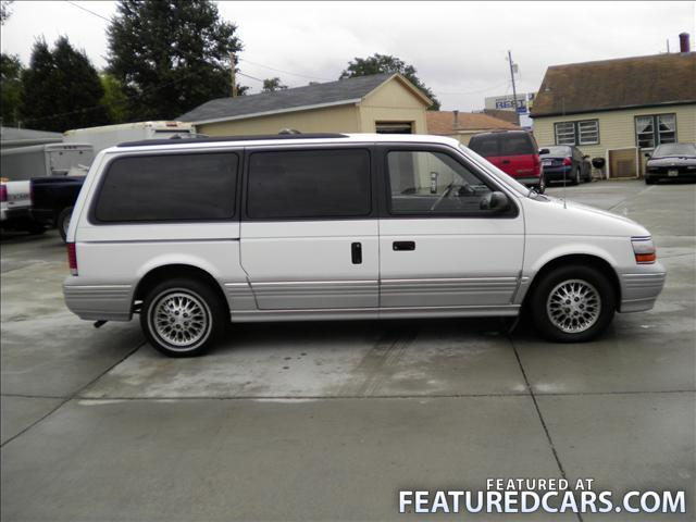 1994 Plymouth Grand Voyager #24