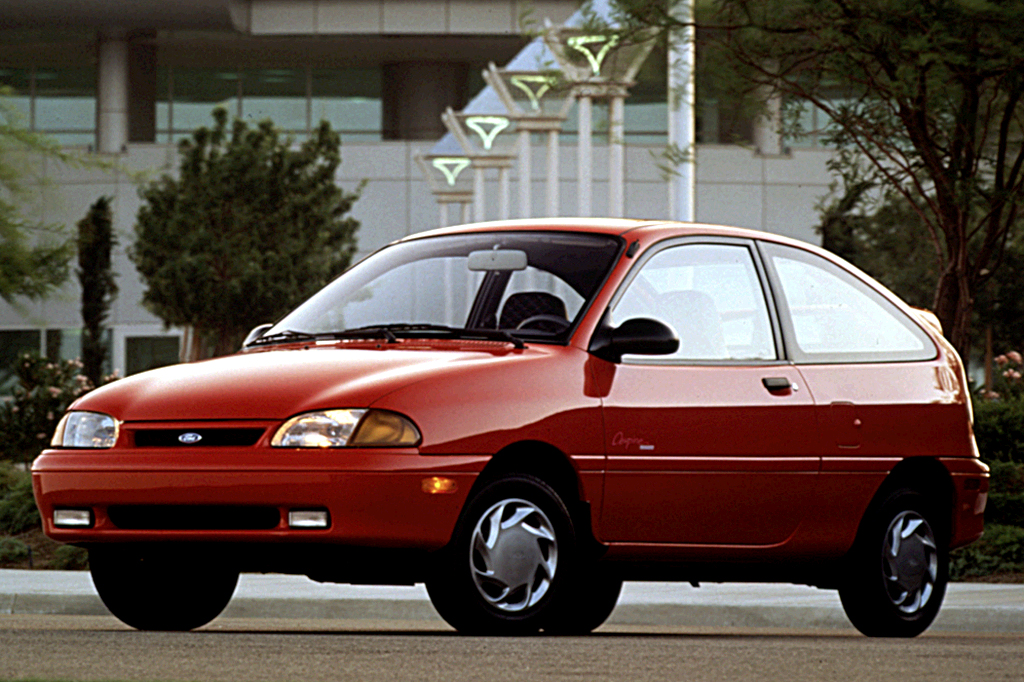 1995 Ford Aspire #21