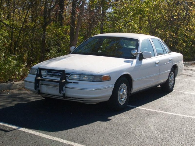 1995 Ford Crown Victoria #19