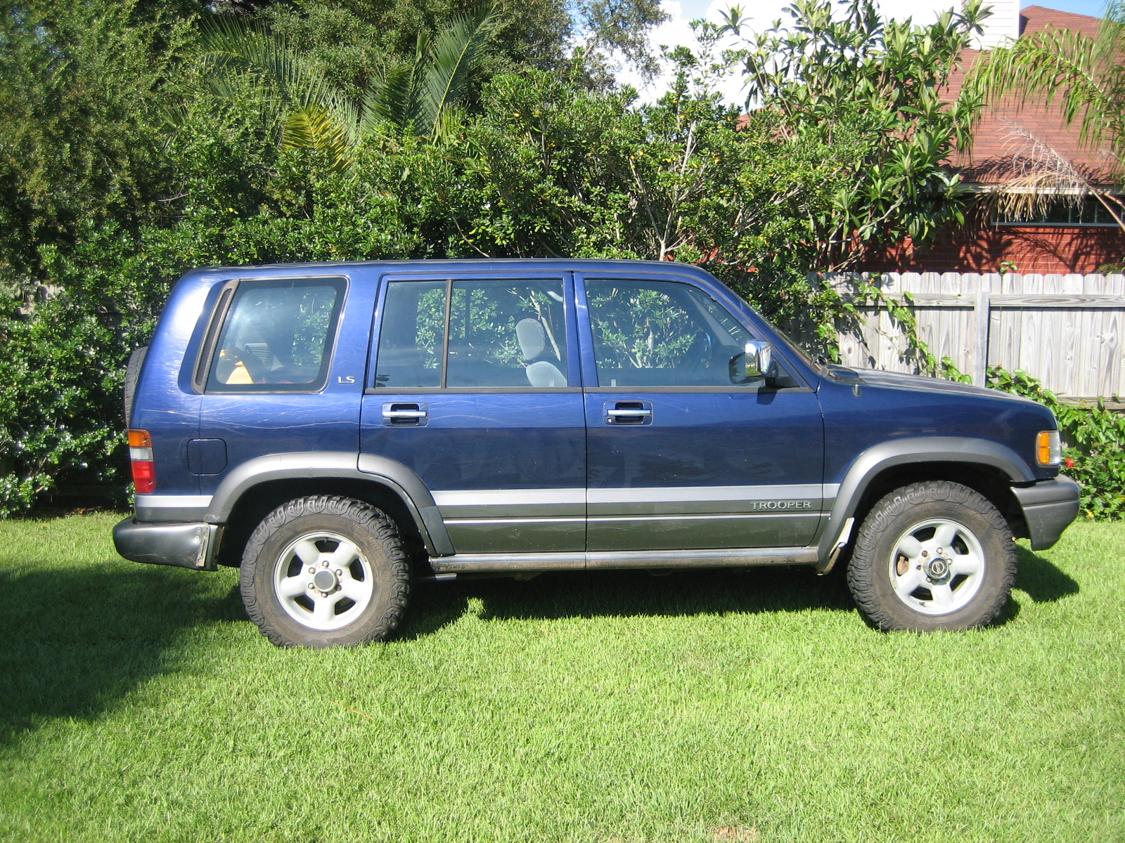 1995 Isuzu Trooper #22