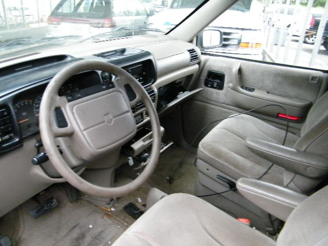1995 Plymouth Voyager #16