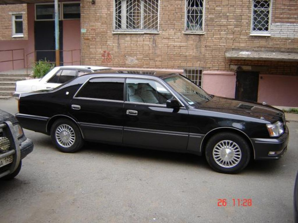 1995 Toyota Crown #19