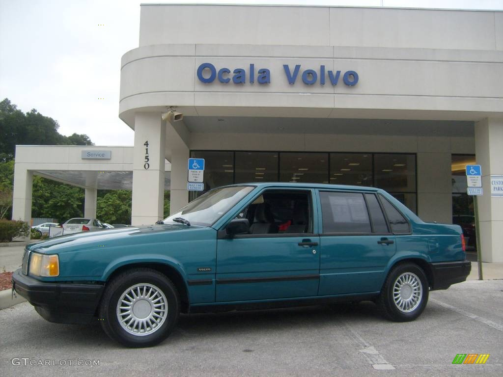 1995 volvo 940 photos informations articles. Black Bedroom Furniture Sets. Home Design Ideas