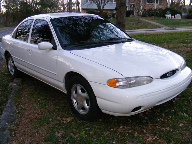 1996 Ford Contour #16
