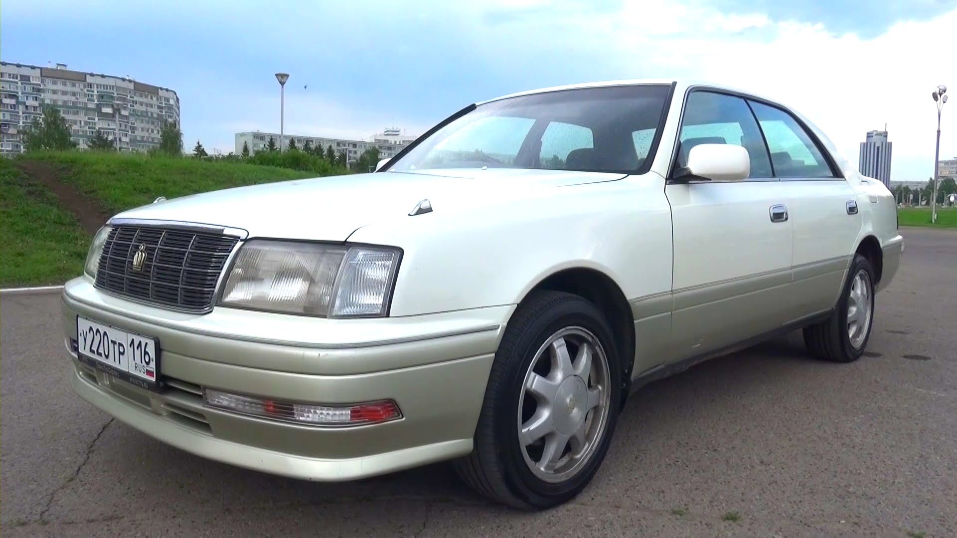 1996 Toyota Crown #17