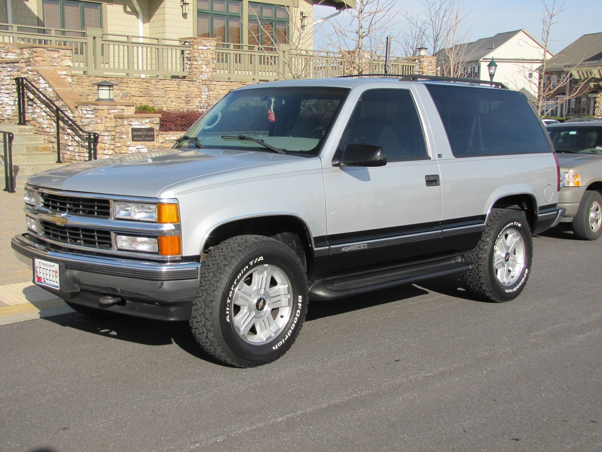 1997 Chevrolet Tahoe Photos Informations Articles Bestcarmag Com